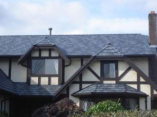 Arrowline Slate Stone Blend Roofing provided additional character to this home in British Columbia