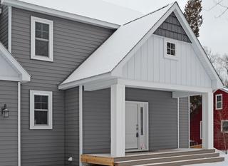 Single family house in minnesota feturing EDCO's charcoal grey siding