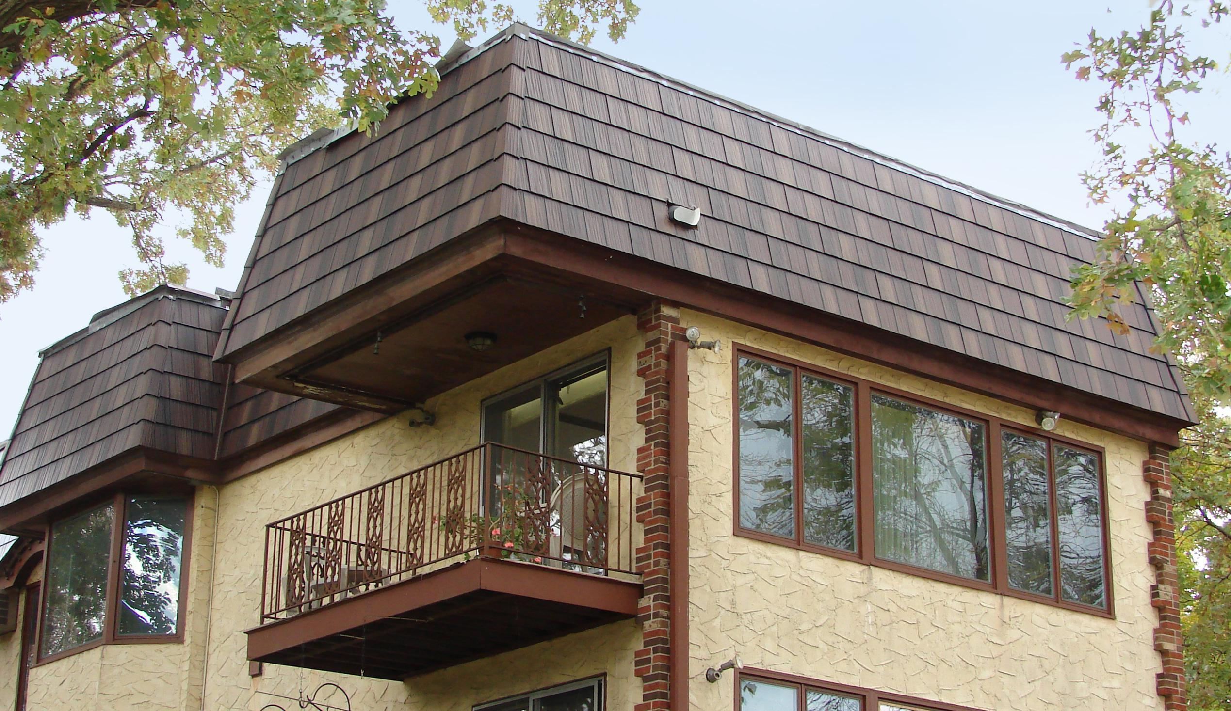 Arrowline Shake Enhanced Royal Brown Blend was selected and installed during a remodel project to capture the charm of the building while protecting the investment for a lifetime.