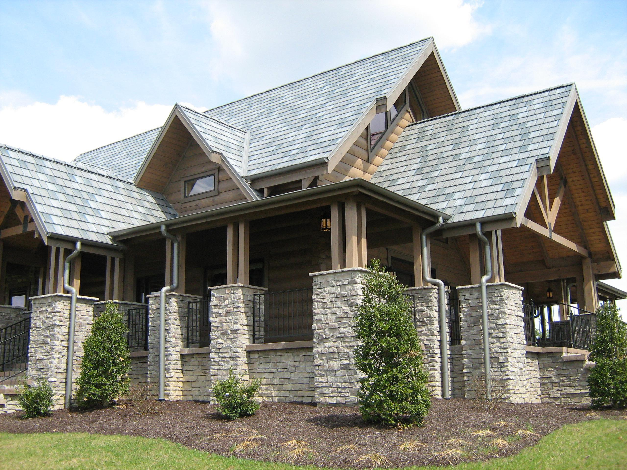 Log cabin homes frequently select EDCO's steel roofing because of the unique charm and character that it brings to the home. The Arrowline Slate T-Tone Blend Roofing coordinates with the natural colors and look of the cabin.